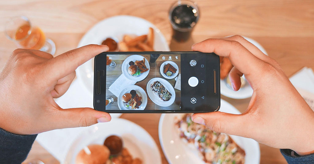Top 5 Tips for an Effective Restaurant Social Media Marketing