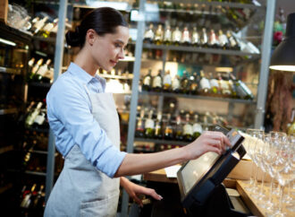 Why You Need to have a Cloud-based Restaurant CRM Software?